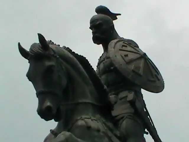 Памятник Святославу Храброму