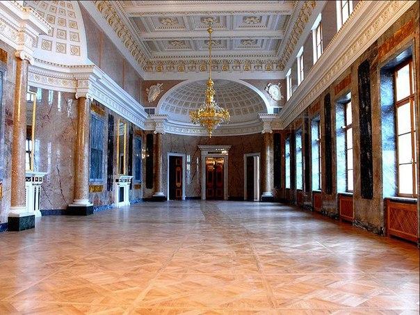 Мраморная галерея (Георгиевский зал) – один из