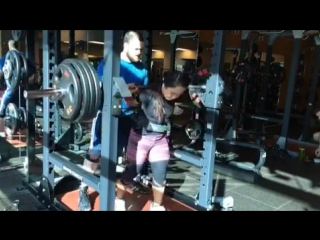 Мария Хти - присед 175 кг (57 кг)