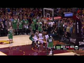 Avery Bradley clutch 3-pointer vs Cavaliers