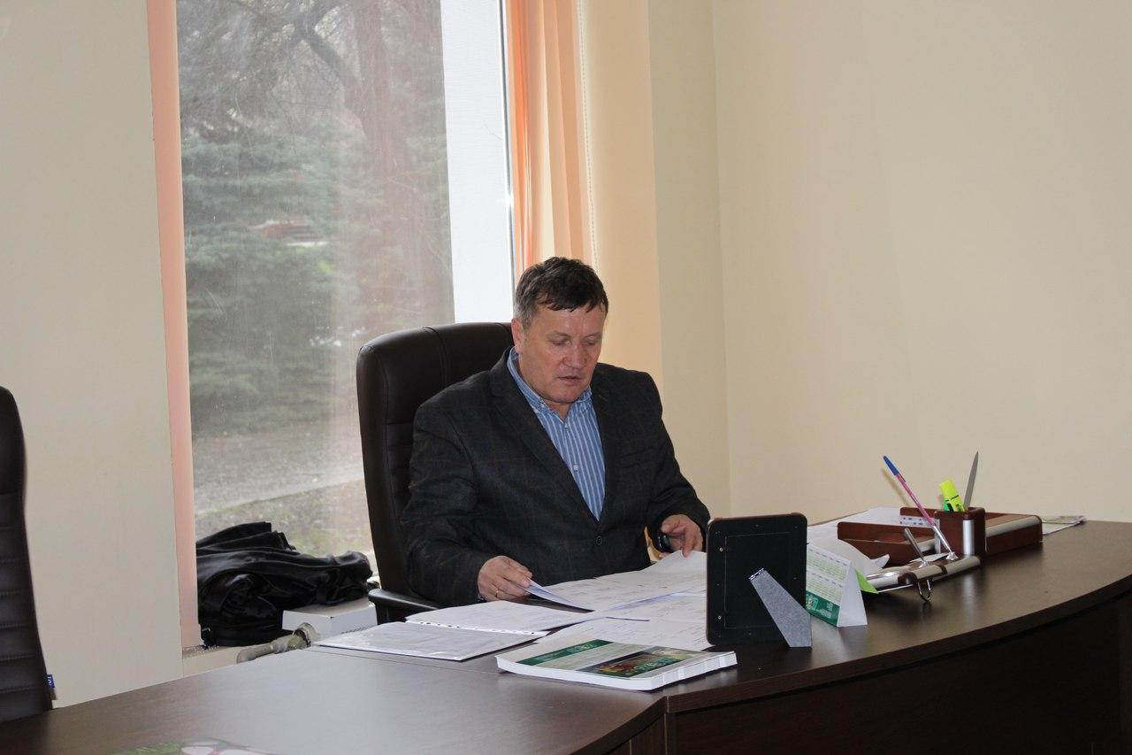 Вице - президент ФФДО Олег Зубарев, проводивший совещание, сообщил, что соревнования возобновятся 2 апреля.