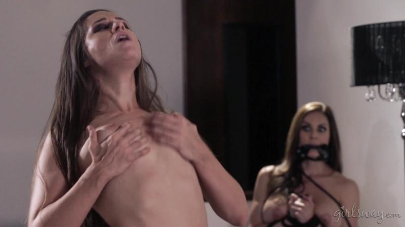Abigail Mac, Kendra Lust, Cassidy Klein (Little Red: A Lesbian Fairy Tale: Part Four /  1080p]
