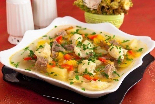 Суп с клецками  Ингредиенты 1 литр бульона, 200 гр картофеля, 1 головка репчатого лука, 1 стакан муки, 1 яйцо, 50 гр р...