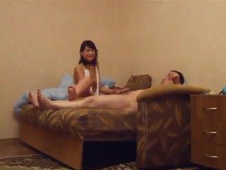 Порно русский трахает жену брата