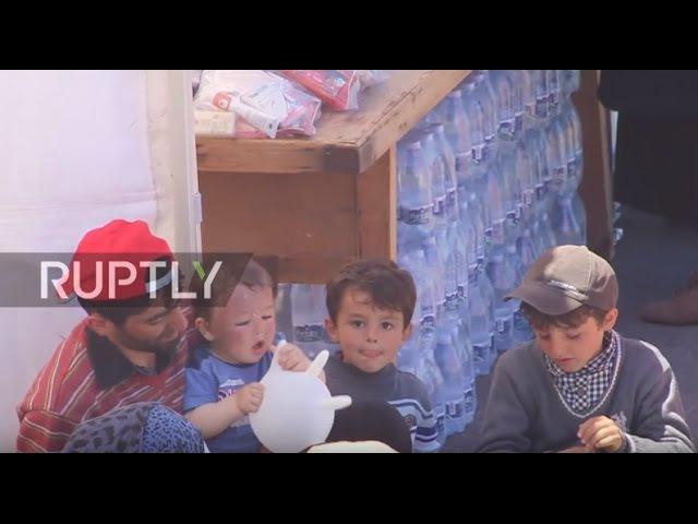 Италия: 500 Сирийских беженцев, доставленных в Катанию к Итальянской береговой охраной.