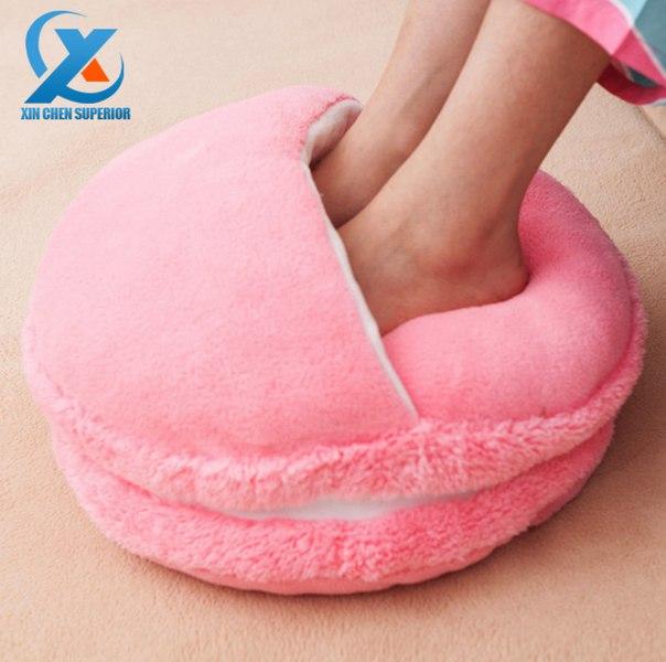 Для холодных зимних вечеров  https://ru.aliexpress.com/store/product/Creative-Romantic-Macaron-Style-Plush-Foot-Warmer-Solid-Color-Winter-Feet-Warmer-Slipper-for-Home-Office/1504995_32459769269.html?detailNewVersion=&categoryId=40503