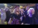 Алла Пугачева зажгла в молодежном наряде на концерте Кристины Орбакайте