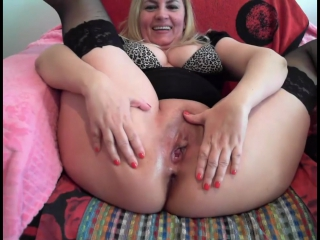 Mom shows her holes