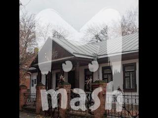 В Краснодаре вырубили сад старинного музея, чтобы сделать парковку для СК