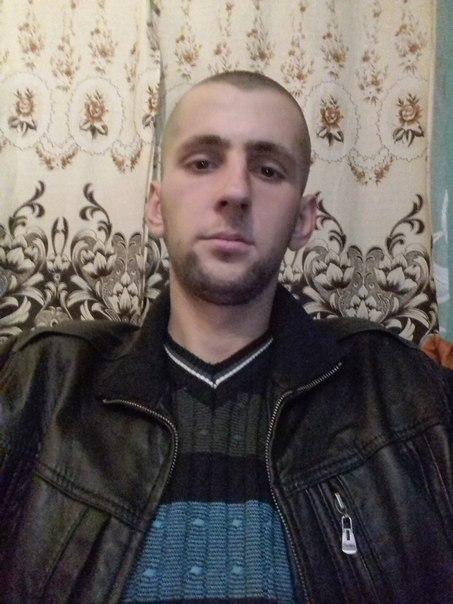 Mikola, 24, Sambir