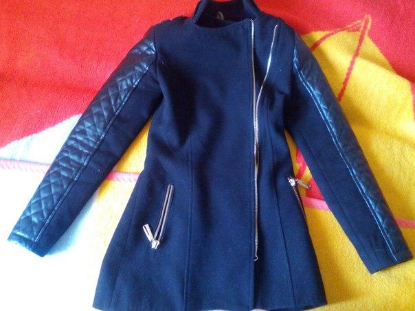 Продам осінє пальто 42 розмір.Ціна 1000грн.