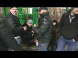 WRK4-Лев Против - Нападение 15 хулиганов с ножом на активистов