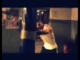 Roy Jones Jr. - Cant Be Touched