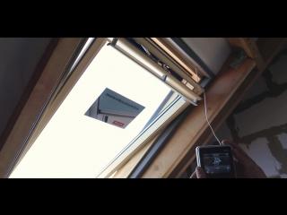 Мансардные окна с сервоприводом. #мансардные_окна #сервопривод #окновкрышу #установкаокна #установка #окна #мансарда #монтаж