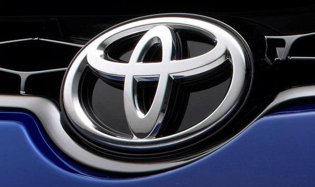 Японские автоконцерны вложатся в развитие технологий беспилотного управления.