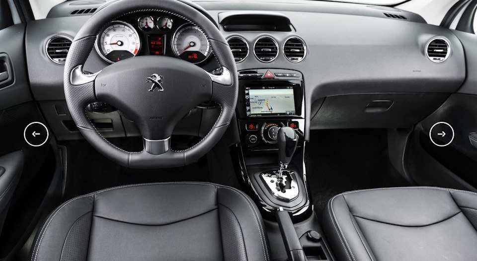 Обновленный Peugeot 408 выходит на российский рынок.