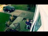 маленькую девочку унесло ветром