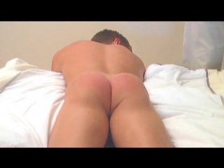 HNG Porn: Spanking — Порка парня за попытку кражи