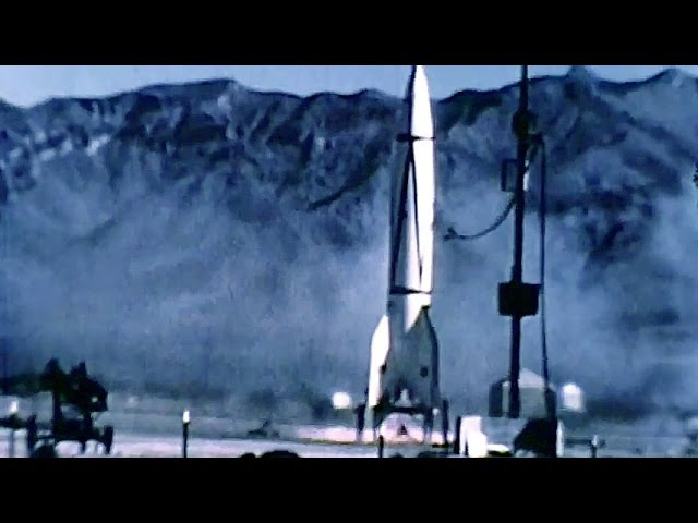 V-2 rocket: First Photographs of Earth from Space, White Sands, New Mexico sky, October 24, 1946