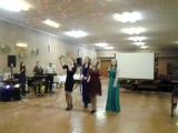 племянницы Настя, Анна, Даша и дочка Юлия поздравляют папу-дядю