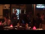 Ирландская музыка в мексиканском ресторане