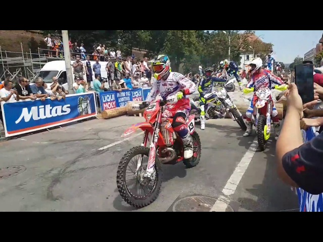 RED BULL ROMANIACS 2017 / PROLOGUE GOLD TRAINING ( JARVIS BOLT WALKER GOMEZ YOUNG ) Crash