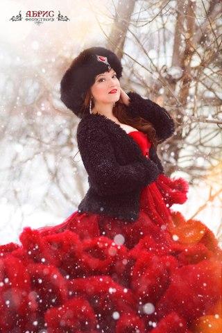 43f65e6a638 Прокат легендарных платьев в Томске АБРИС