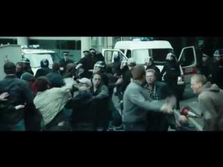 Клип. Фильм Хулиганы Зелёной улицы. Песня Агата Кристи и Би-2 – А мы не ангелы, парень.