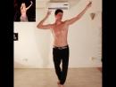 Шакира оценила пародию итальянского хореографа на свой танец живота