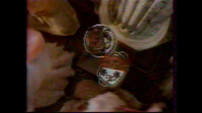 (staroetv.su) Рекламный блок (ОРТ, 07.01.1999) MilkyWay, Россия - щедрая душа