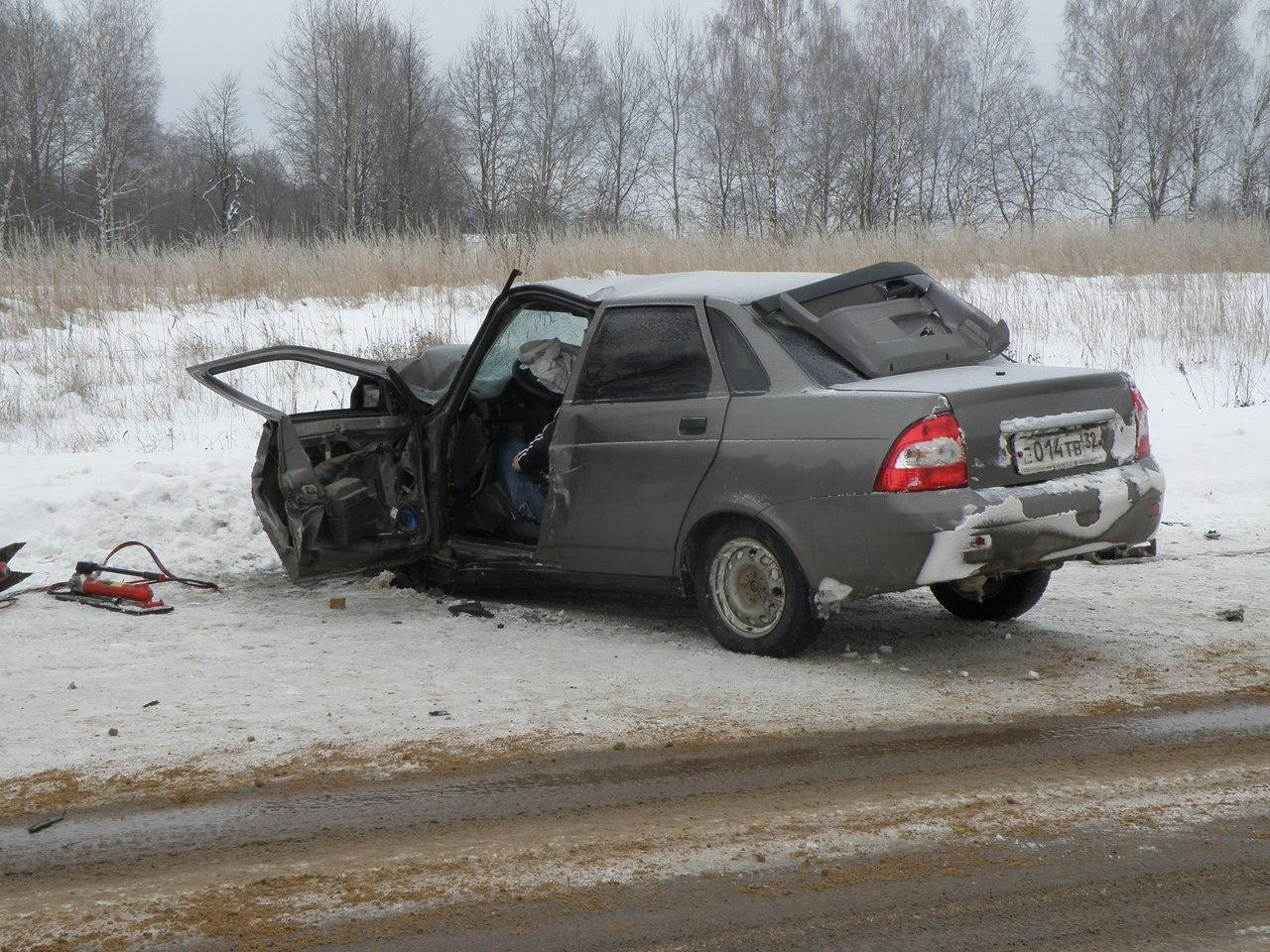ВДТП натрассе Брянск-Дятьково умер 36-летний шофёр ВАЗ