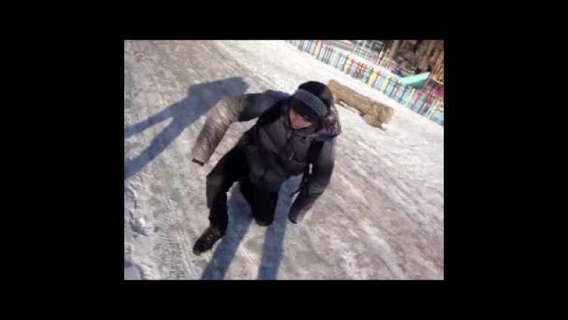 Jean-Крыс   Van Damme представляет