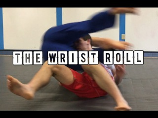 Simple way to escape and reverse front chokes from turtle-The wrist roll