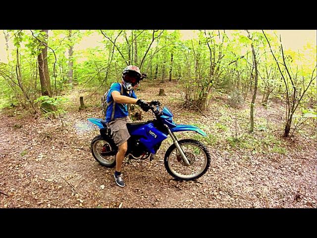 ШОК ......знайшли мото крос в лісі ...... ВідеоОгляд Yamaha Dt50