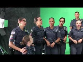 Policiais Militares cantando hino muito lindo e maravilhoso este vídeo