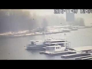 Утопили Як 52 в Самаре .... у самолета обледенели карбюратор и воз
