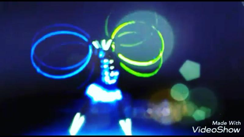 Не ищите 👐 во мне👉 плюсы и 👉минусы я же не батарейка 🔋 а всего лишь заряд энергии 💫 для ваших эмоций 🔚 АлегриШоу 😎 Шоупрограмма шоупрограмманасвадьбу танцыворонеж шоубалетворонеж артистыворонеж светодиодныекрылья шоунасвадьбу светодиодноешоу световоешоу светодиодноешоуворонеж световоешоуворонеж шоунасвадьбуворонеж шоунаюбилейворонеж шоунаденьрожденье шоупрограммаворонеж шоунапраздникворонеж воронеж ledshow воронежшоу шоуворонеж подарокнасвадьбу свадьбаворонеж юбилейворонеж оригинальныйподарокворонеж алегрия alegria 0 00 Авто 0 19