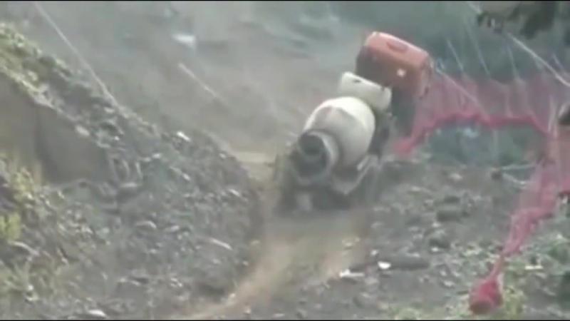 Аварии на ровном месте Краны грузовики и другая тяжелая техника