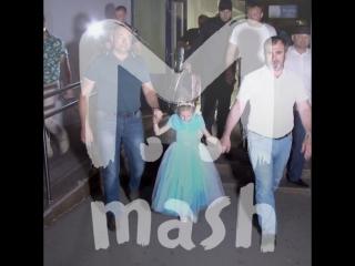 6-летняя Лиза вернулась домой из турецкой тюрьмы