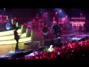 концерт Fall Out Boy - песенка Майкла Джексона Beat It) Ледовый 25.10.15