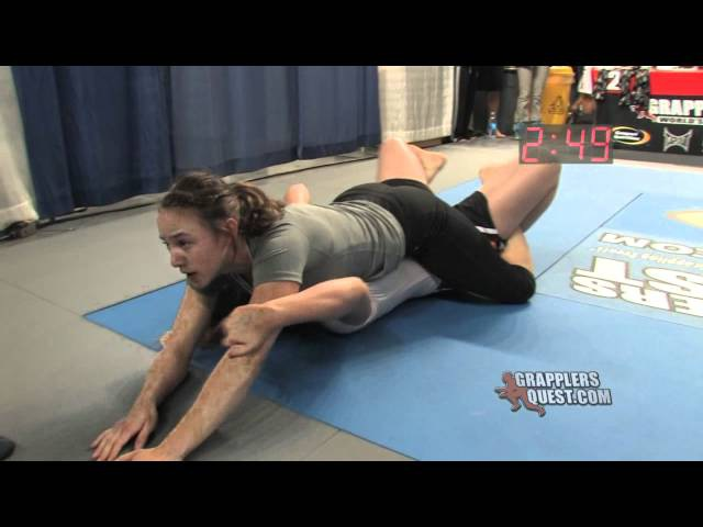 Submission Women - Charlie Ford vs LaNae Gilbert at Grapplers Quest Female No Gi BJJ