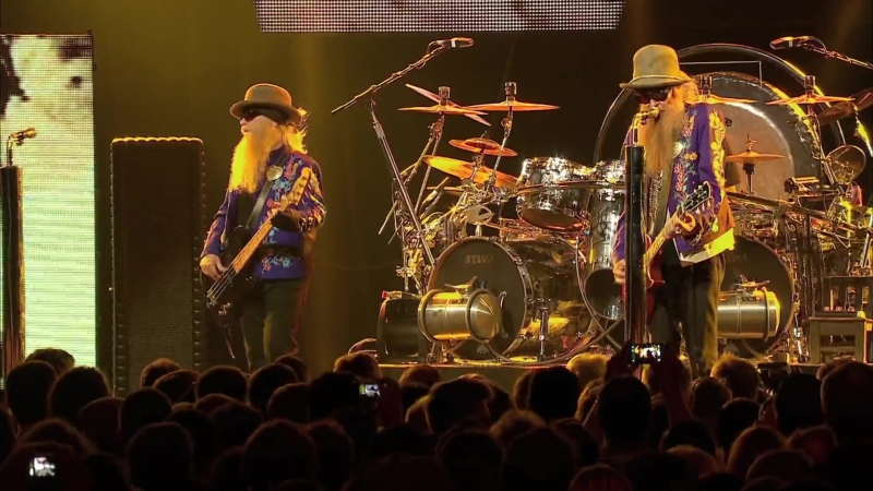 ZZ TOP - Tube Snake Boogie '15 (Live at Montreux '2013)