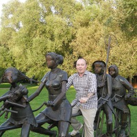 Александр Оников