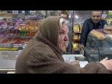Вести.Ru Владимирский бизнесмен бесплатно раздает хлеб тем, кто нуждается