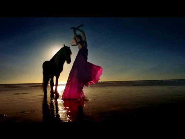 Красивый танец самой природы невероятное зрелище