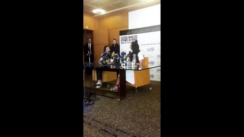 Trechos compilados da coletiva de imprensa que Demi Lovato concedeu hoje em Rabat, Marrocos!