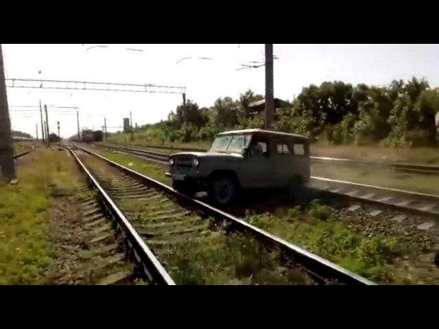 наезд поезда на авто