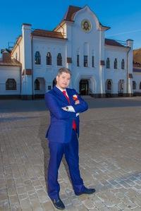 Валентин Максимов
