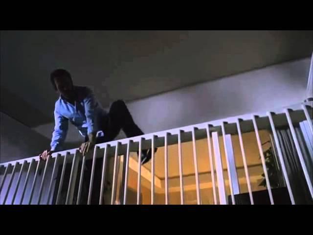 Доктор Хаус. Прыжок с балкона.