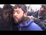 Опубликовано видео задержания брата предполагаемого организатора теракта в Пе ...